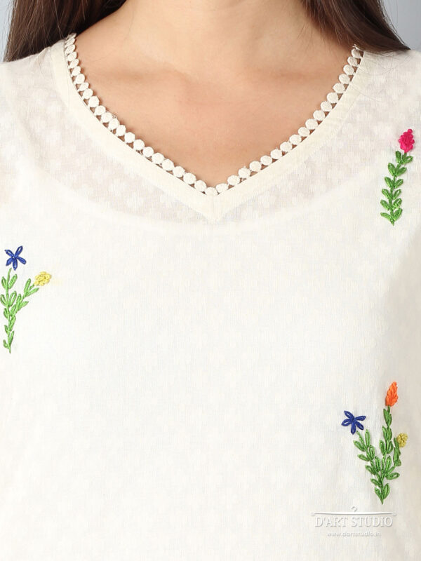 Hand Embroidered Cotton Kurta DARTSTUDIO3209