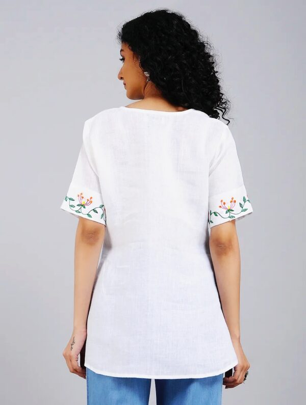 Hand Embroidered White Linen Top DARTSTUDIO DS1101