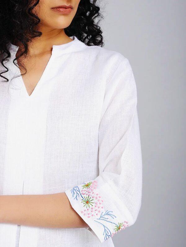 Hand Embroidered White Linen Top DARTSTUDIO DS1102