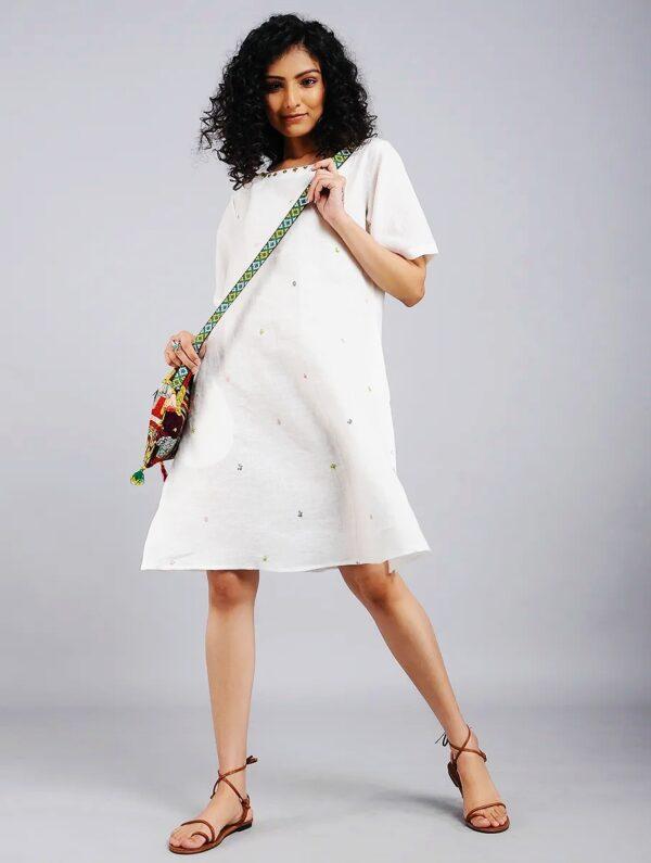 Hand Embroidered White Linen Dress DARTSTUDIO DS2104